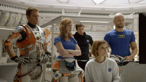 matt-damon-jessica-chastain-sebastian-stan-kate-mara-and-aksel-hennie-in-the-martian-jpg